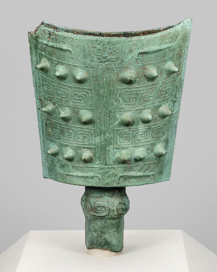 Mirroring China's Past: Emperors and Their Bronzes at the Art Institute of Chicago