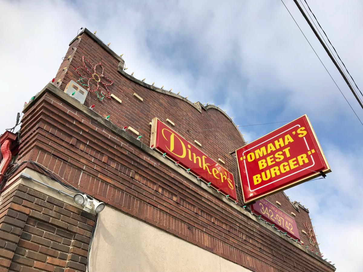 Dinker's Bar & Grill