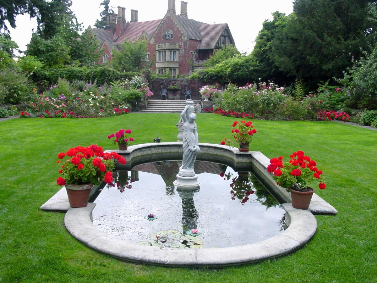 Thornwood Castle In Lakewood, Washington