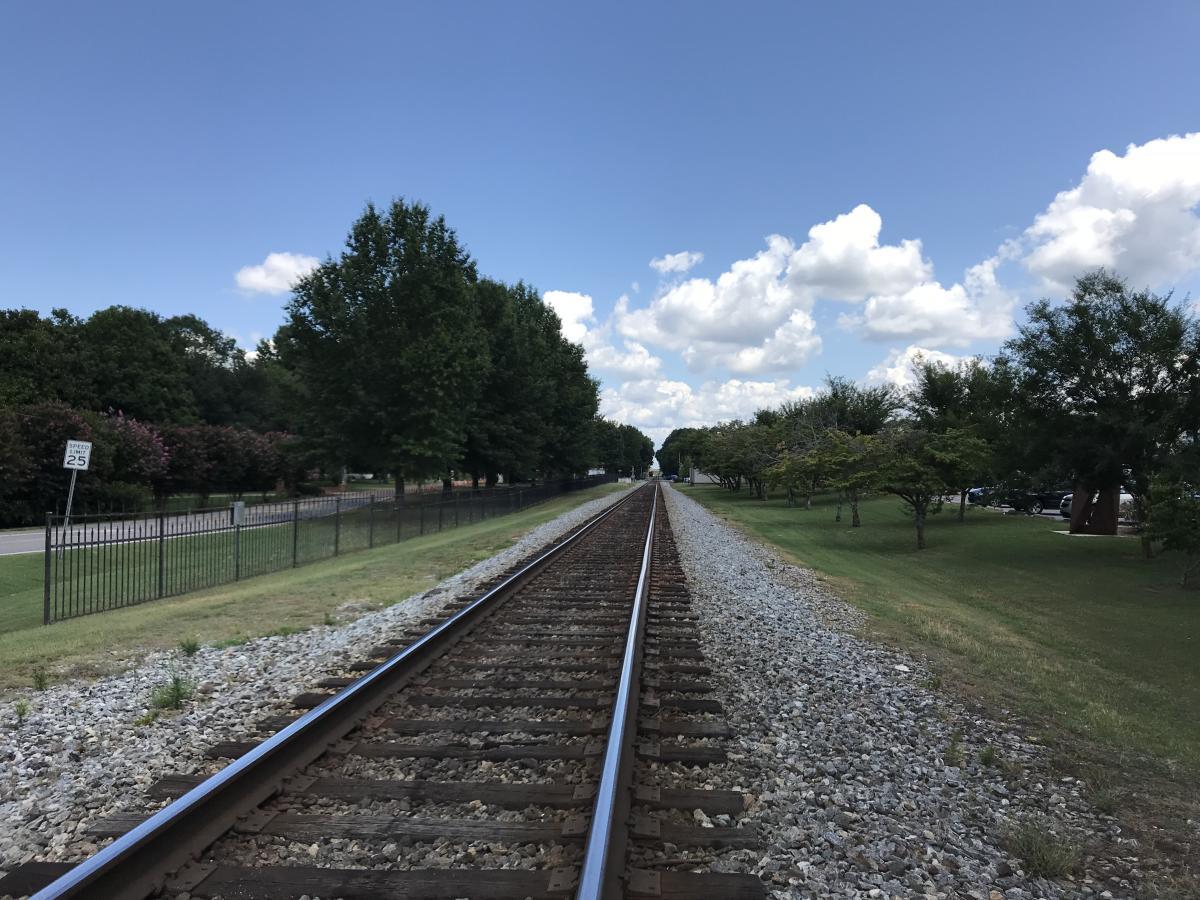 trains on main train tracks