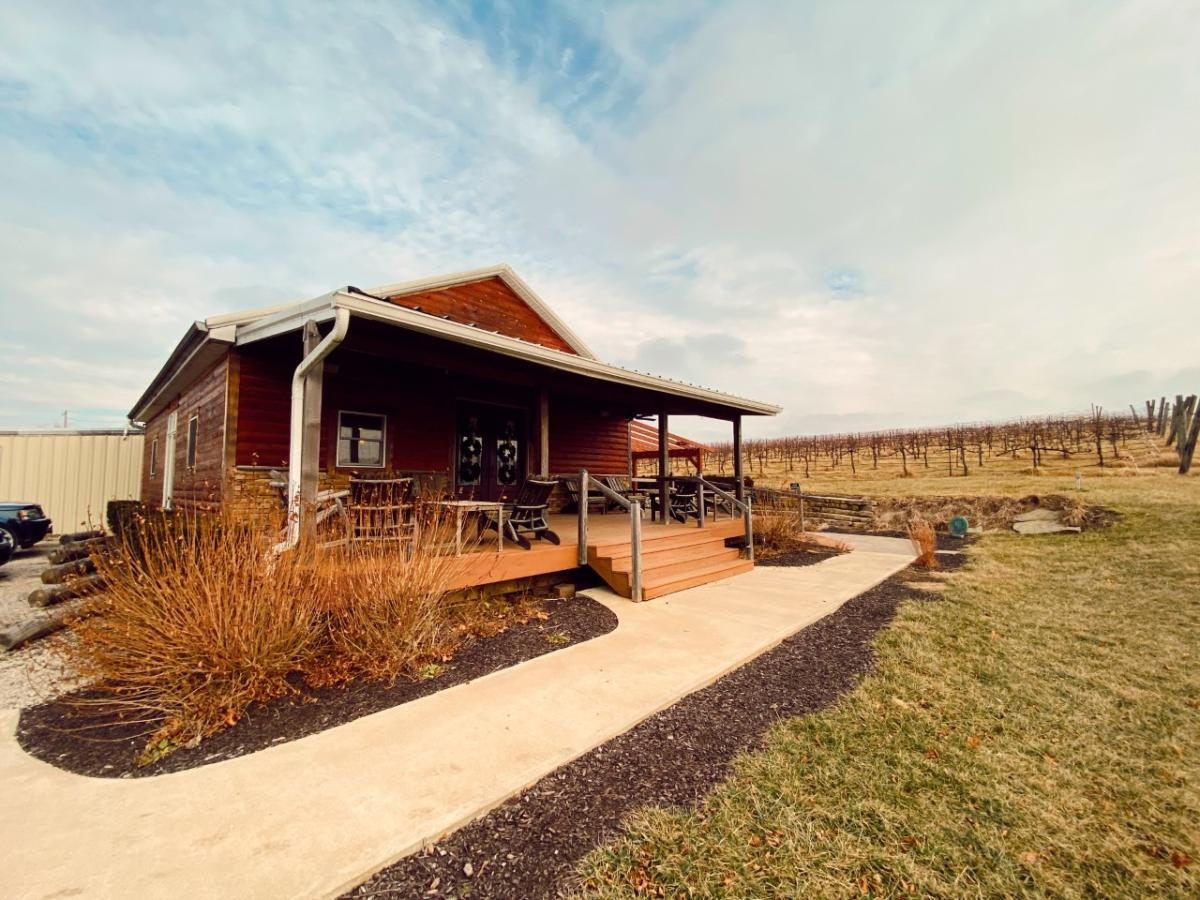 White Tail Run Winery Cabin Tasting Room in Edgerton, KS