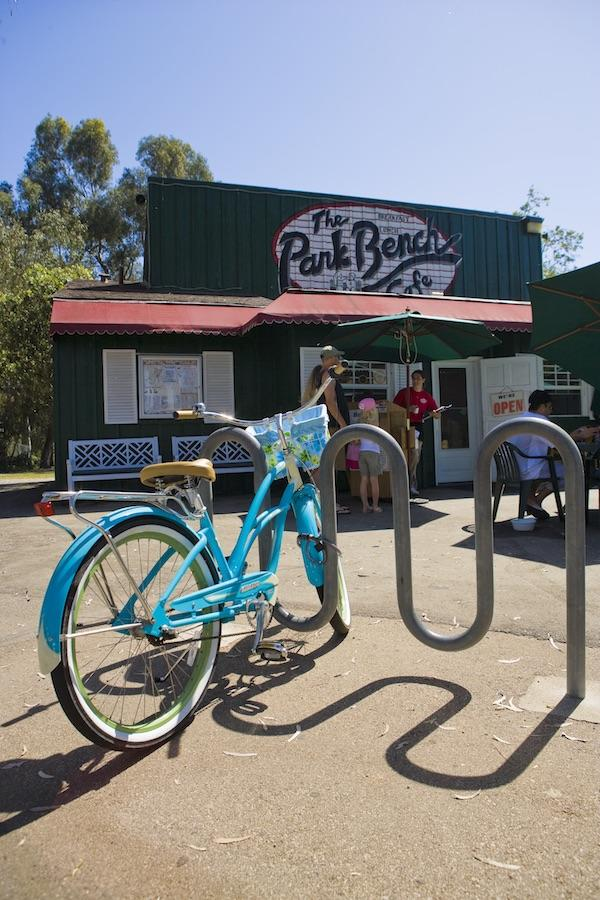 Park Bench Cafe and Kathy May's Lakeview Cafe offer al fresco dining