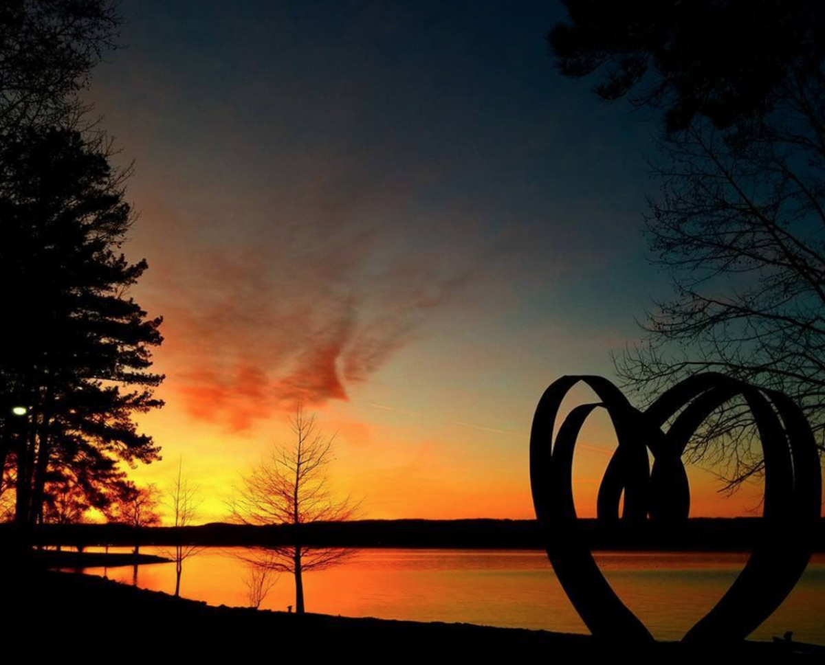 Art on the Lakeat Lake Guntersville