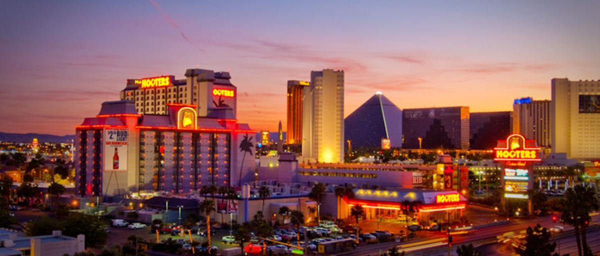 Hooters Vegas