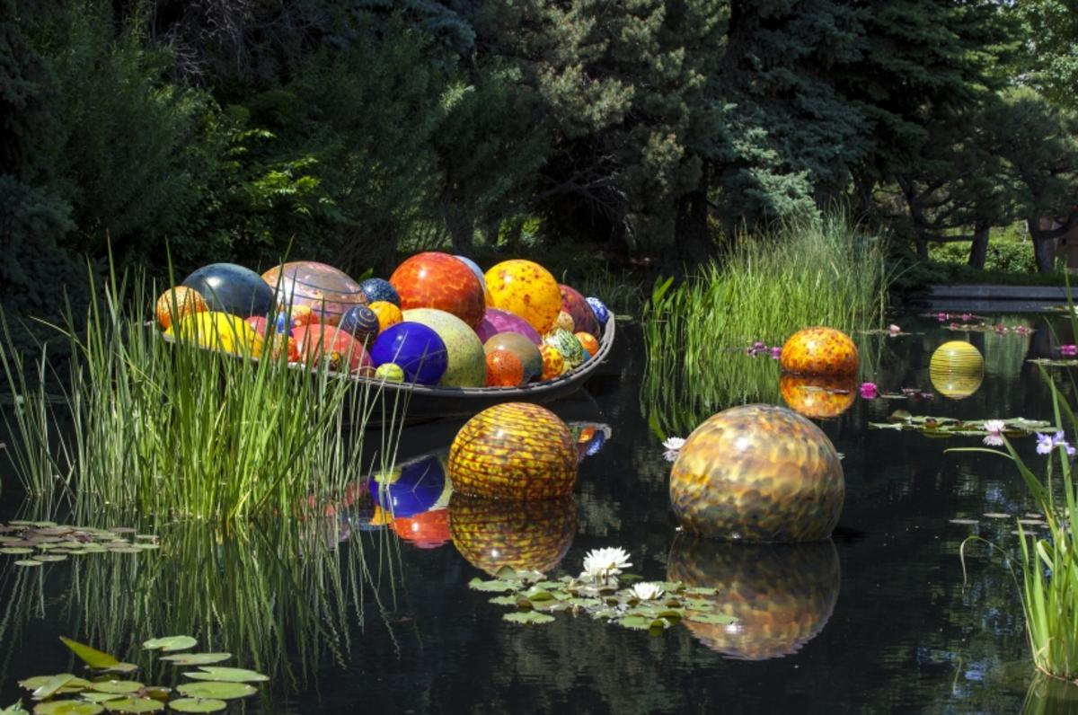 Chihuly Installation
