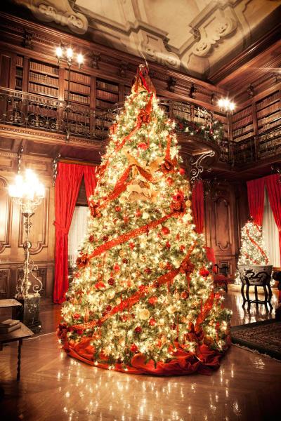 Candlelight Christmas at Biltmore