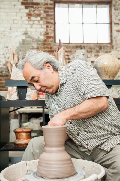 Ceramic Artist Akira Satake