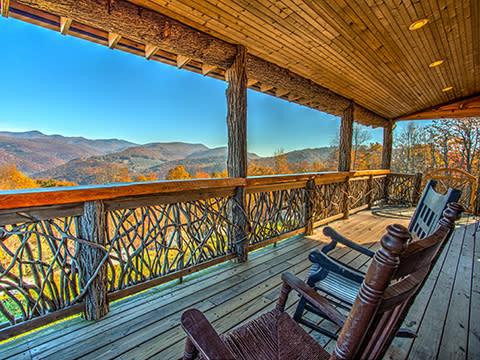 DTN - HPS - Yonder Luxury Mountain Rentals