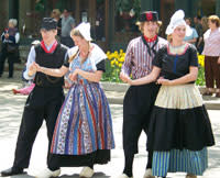 Klompen Dancers