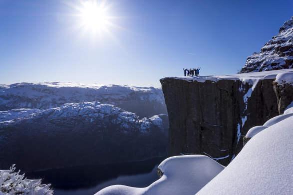 Preikestolen Trolltunga Winterspring Hiking Package 4