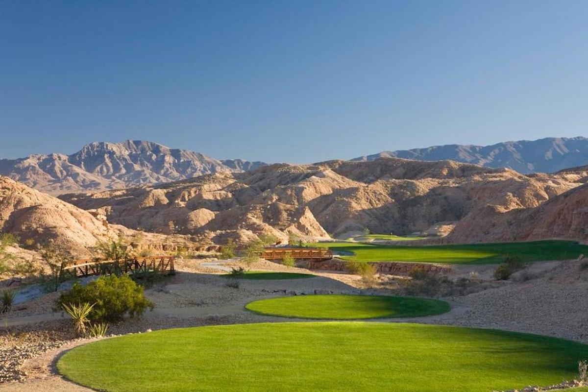 old-armless-mesquite-amateur-golf-young