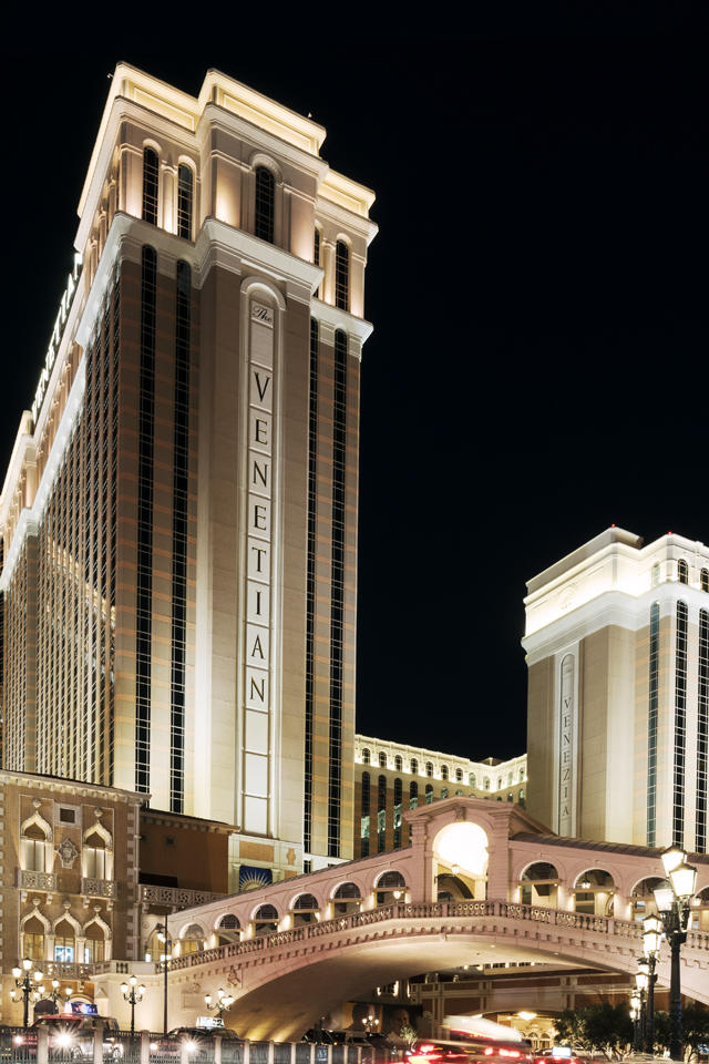 Hotels Near The Venetian Las Vegas