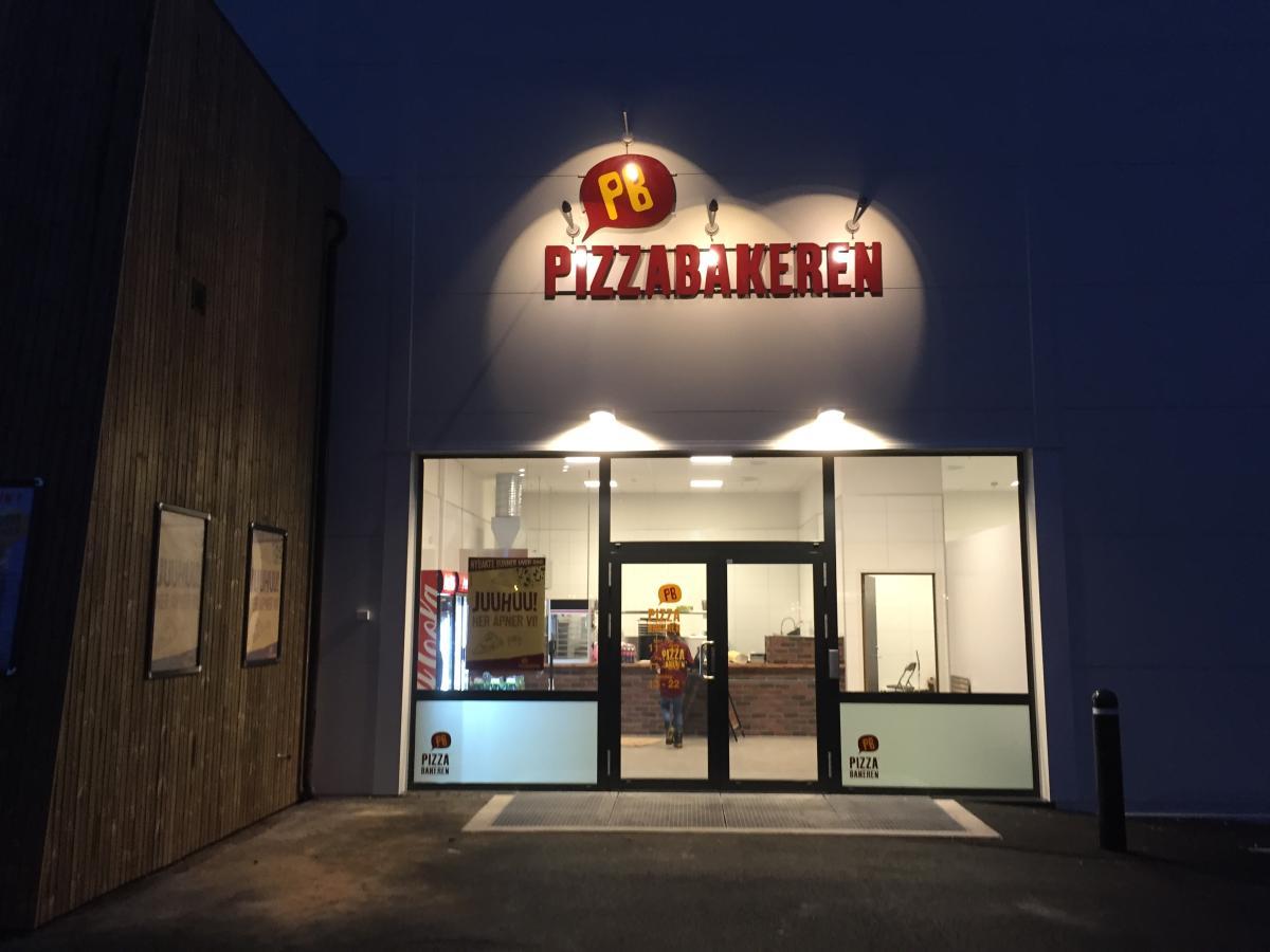 pizzabakeren lyngdal
