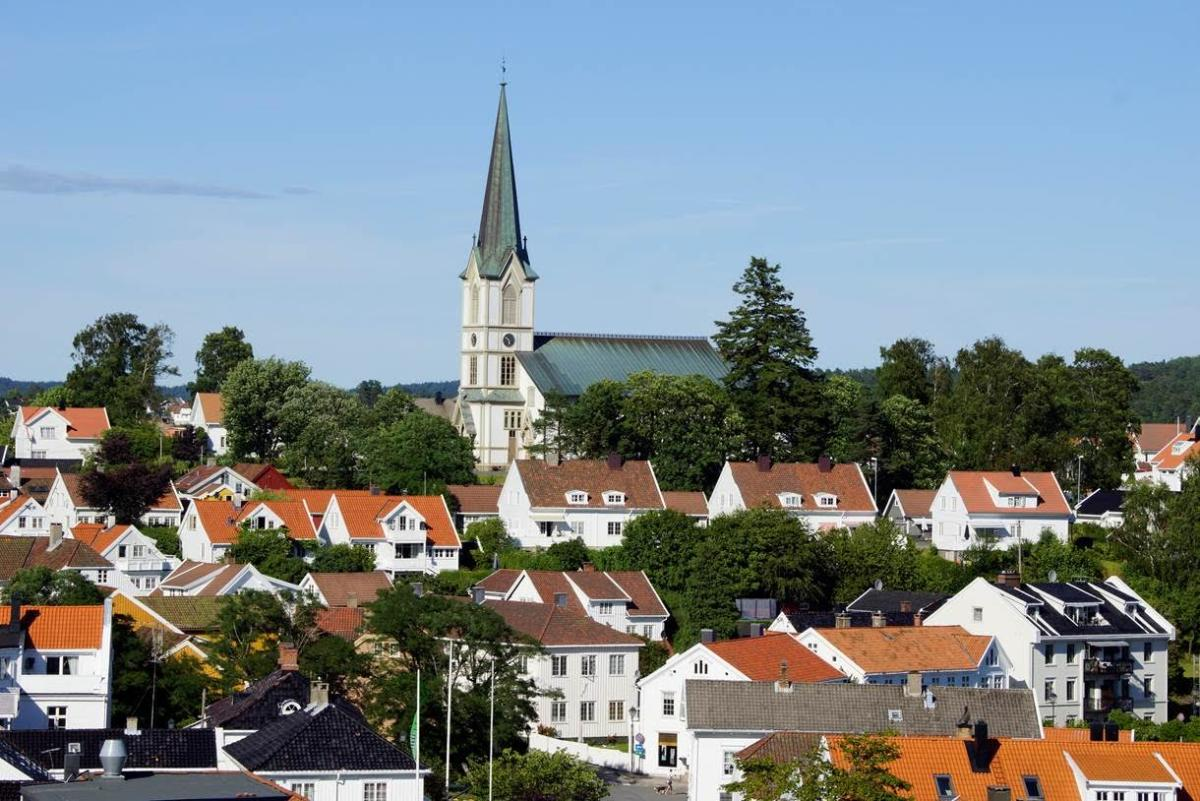 Lillesand Church | Buildings & Monuments | Lillesand | Norway