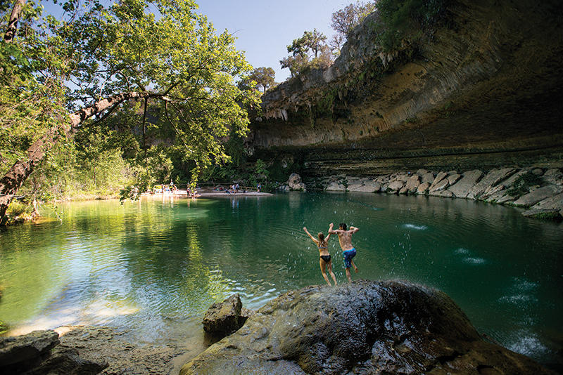 Hamilton Pool Nature Preserve Hotels