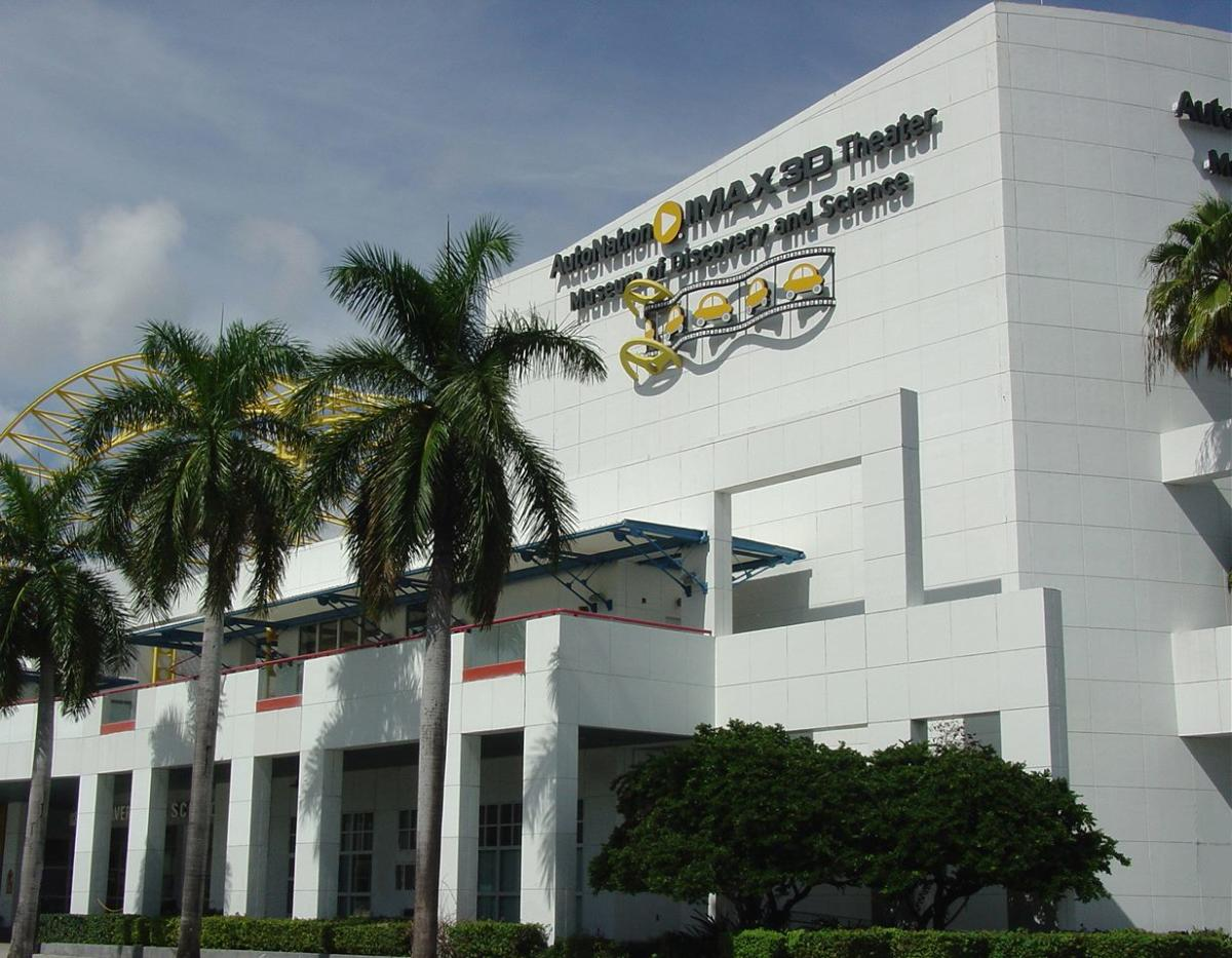 Movie theaters near ft lauderdale airport