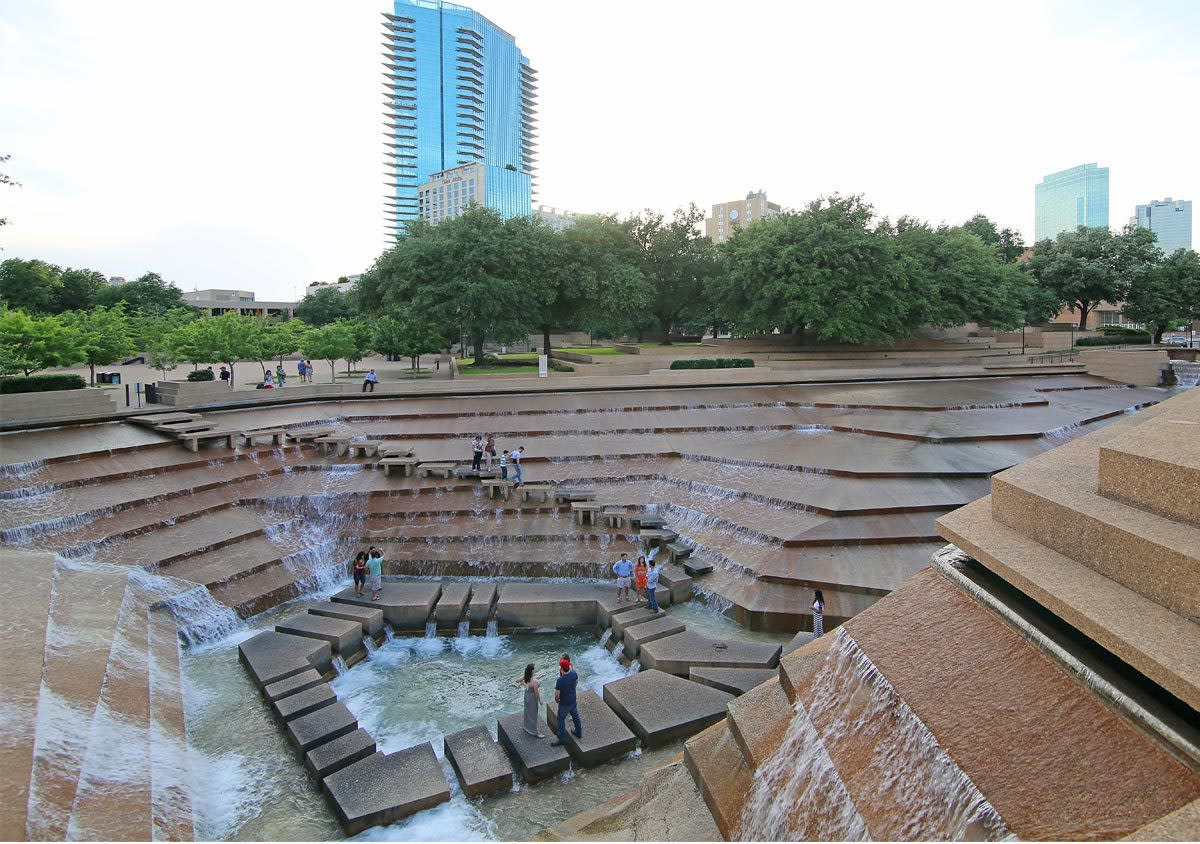 Fort Worth Water Gardens Fort Worth Tx 76102