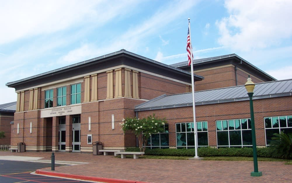 front view of Jefferson Parish Library