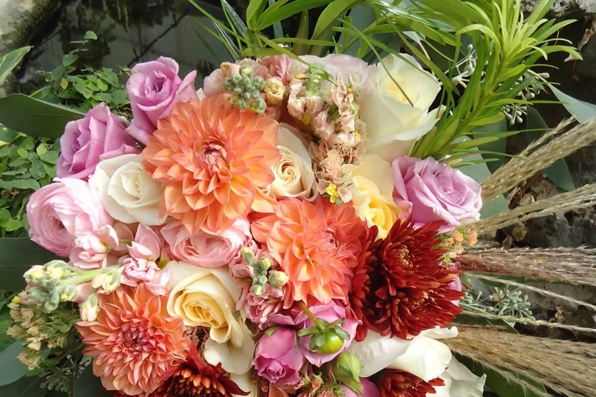 Dehns Flowers Inc