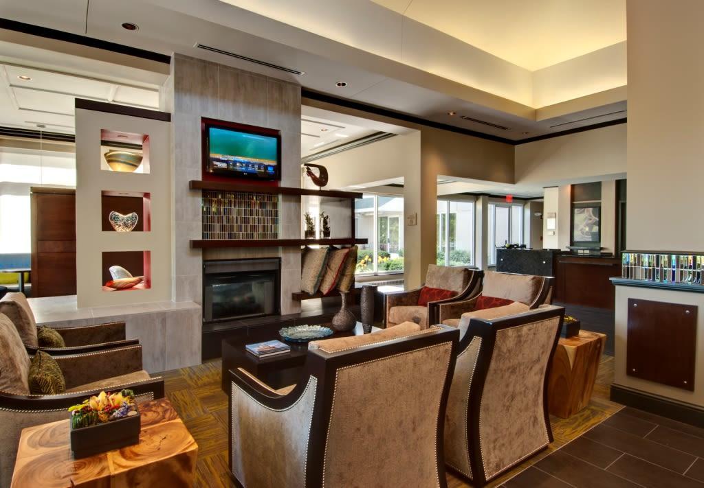 lobby 1 6 overview the hilton garden inn albany airport - Hilton Garden Inn Albany Airport
