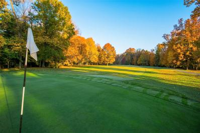 Wooded_View_Golf_Course.jpg