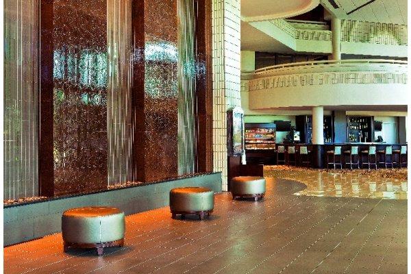 Sheraton Tampa East Hotel  (Lobby)