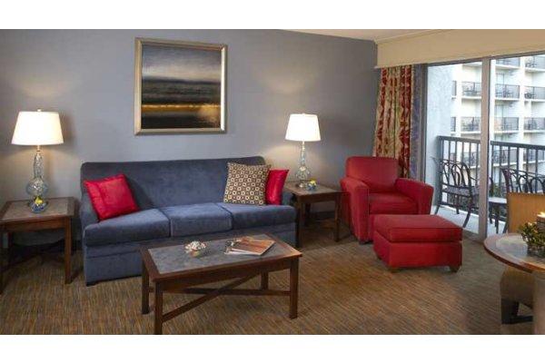 Hotels Tampa Airport Suites.jpg