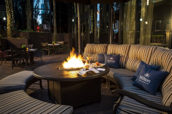Outdoor Fire Pit Hilton Hotels in Downtown Tampa