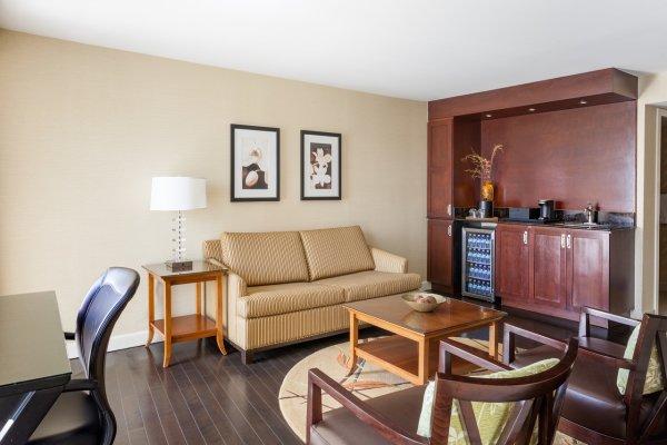 Aviation Suite Living Room
