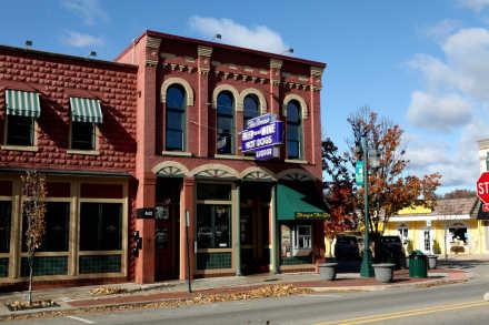 Rockford Michigan Find Things To Do Restaurants Festivals