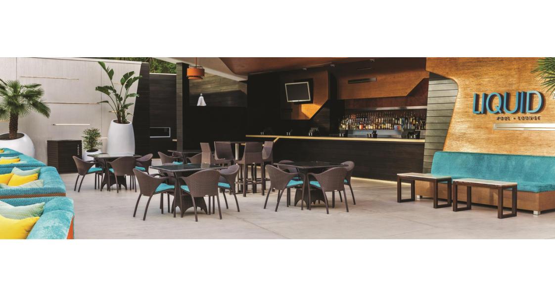 Liquid Pool Lounge at ARIA