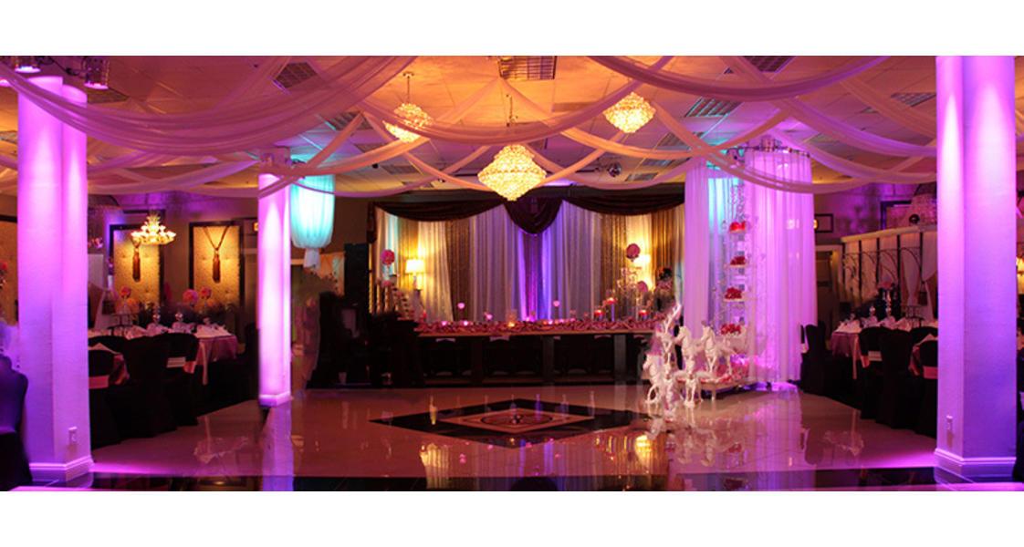 Chandelier Banquet Hal