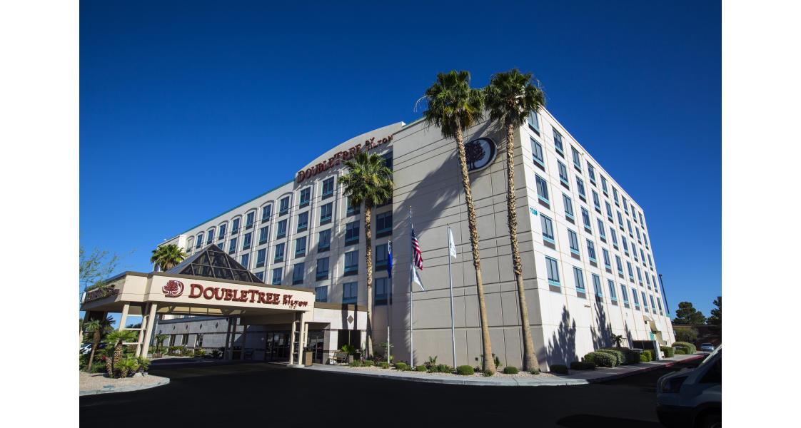 DoubleTree_HiltonAirport_Hotel_2