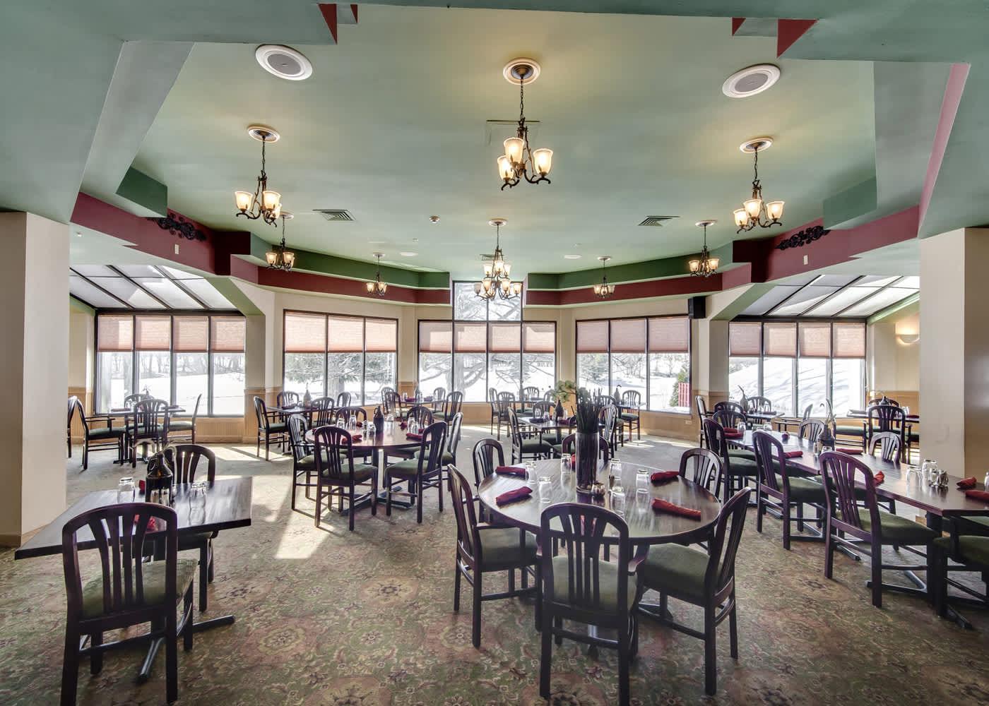 The Shawnee Inn Dining 1400 X 1000