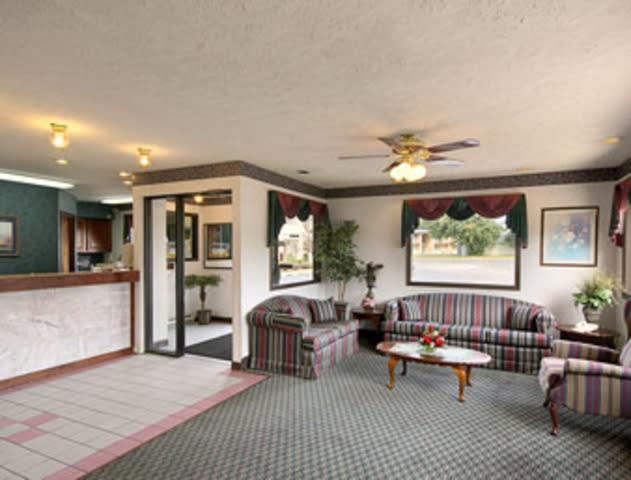 Grand Rapids Inn €49 (€̶7̶1̶). Grand Rapids Hotel Deals & Reviews ...