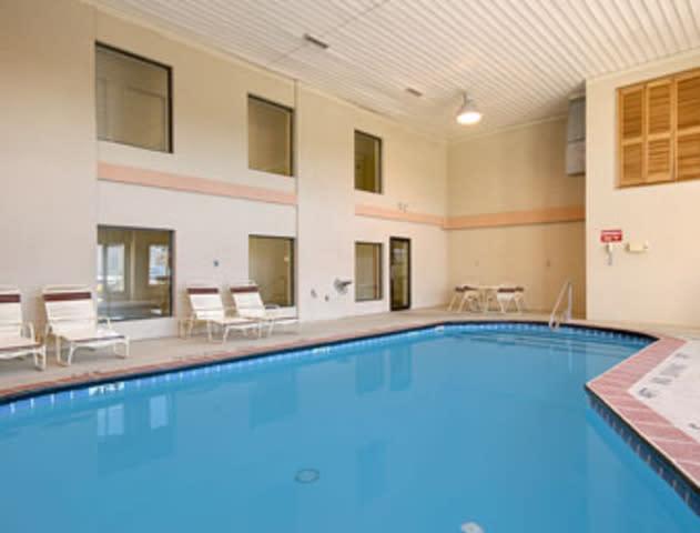 Quality Inn Wyoming Grand Rapids, MI - See Discounts