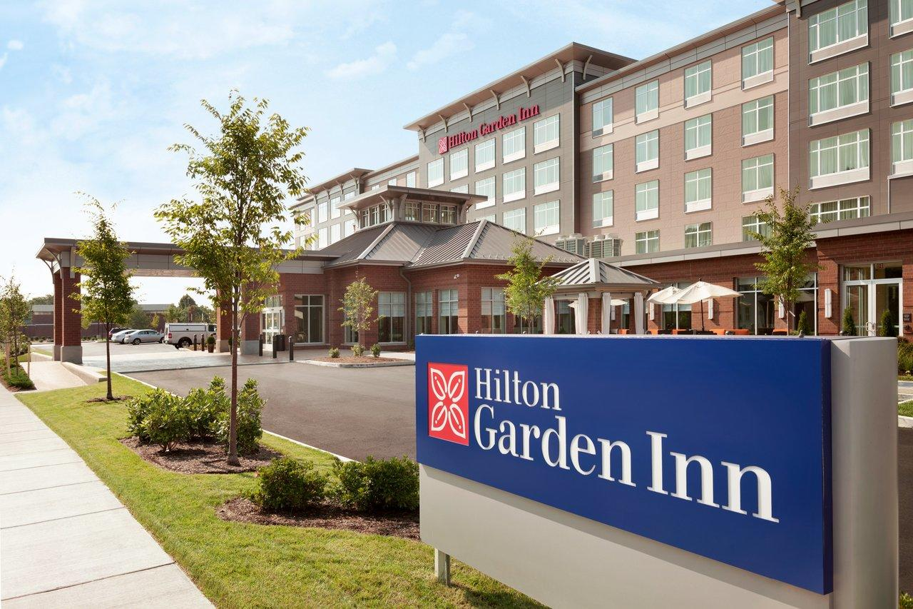 hilton garden inn boston logan airport exterior 1062245 - Hilton Garden Inn Miami Airport West
