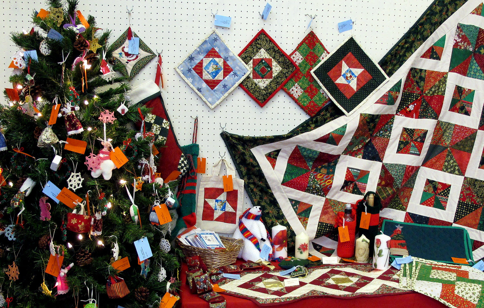 christmas in the country holiday art craft festival libertytown frederick maryland - Frederick Christmas Show