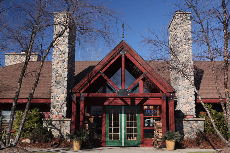 Timbers Inn Restaurant Tavern Restaurants In Rockford Mi