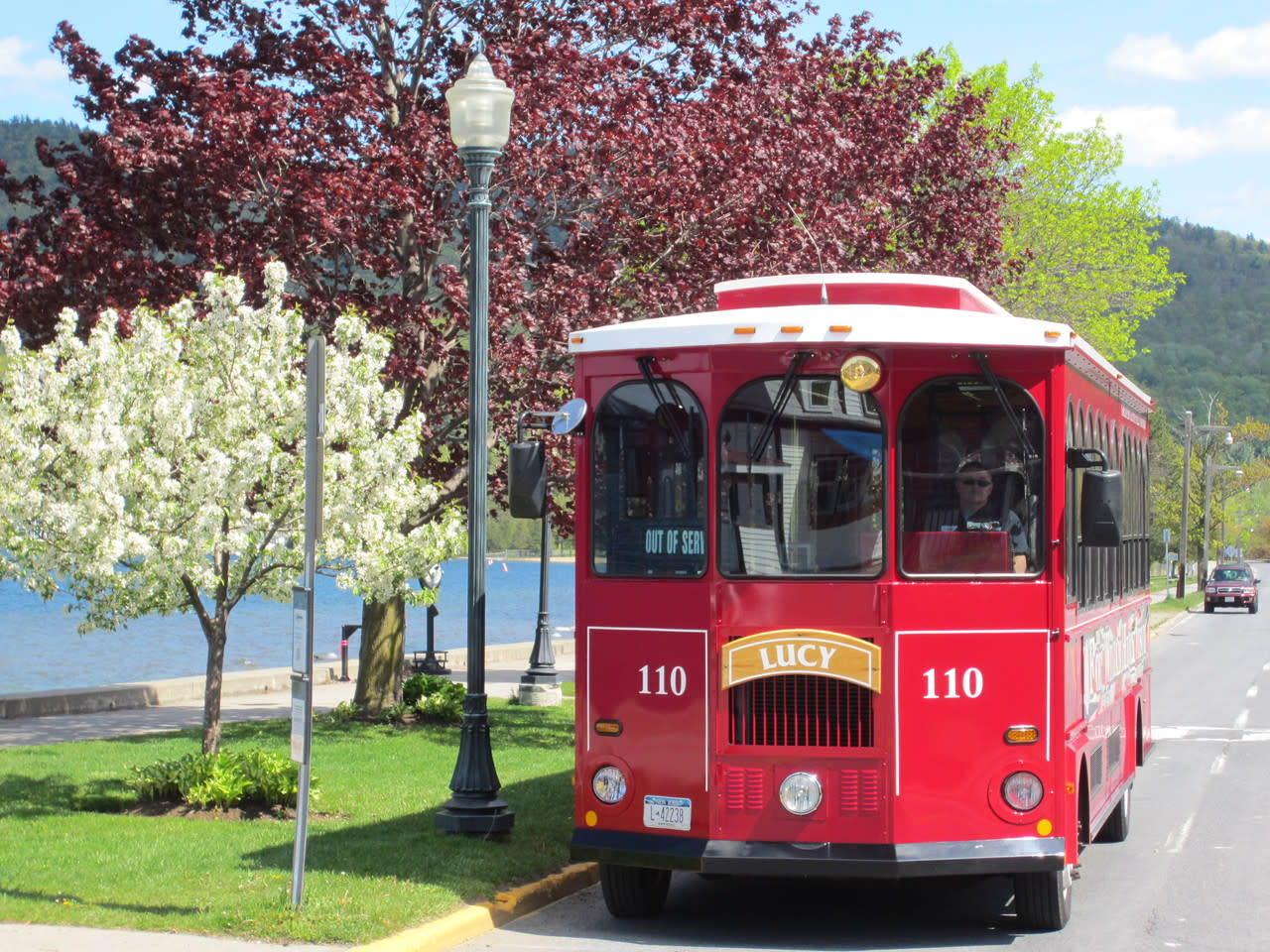 Greater Glens Falls Transit Trolley Queensbury Ny 12801