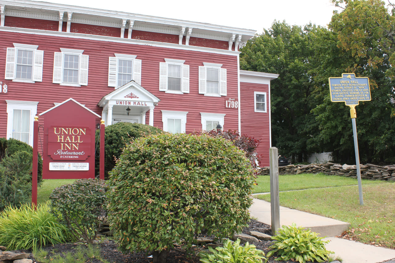 2 Union Place Johnstown Ny 12095