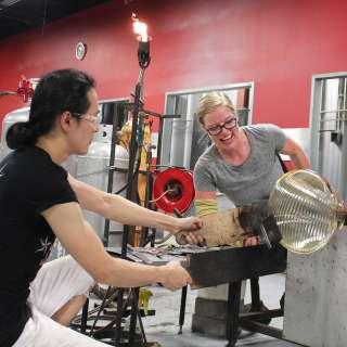 Glass Artist Courtney Dodd at Work