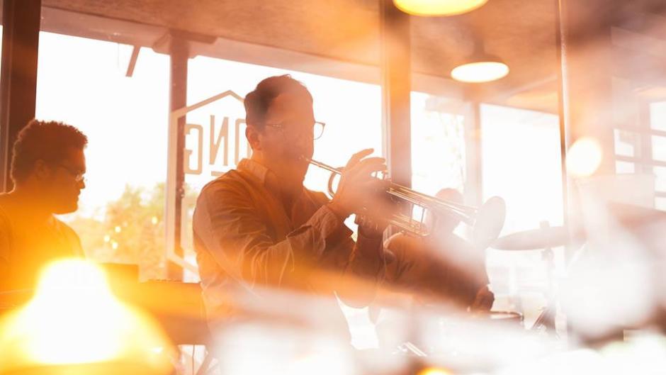 Musicians at Long Road Distillers