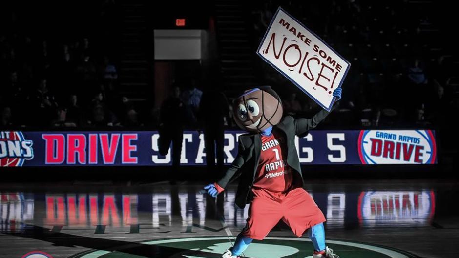 Buckets mascot Grand Rapids Drive