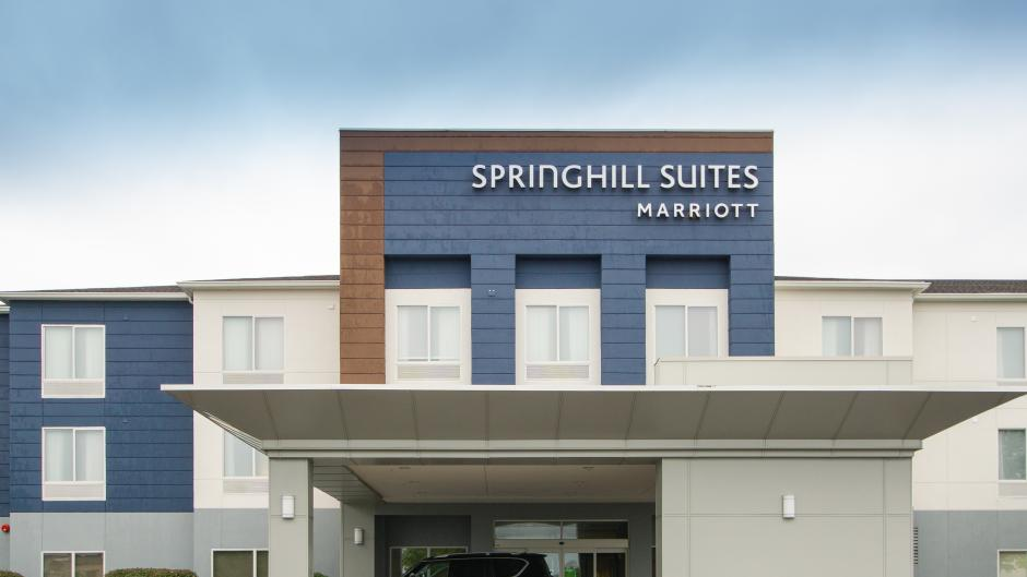 Exterior photo of SpringHill Suites North front entrance.