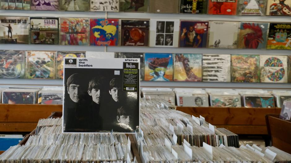 Music Stores In Grand Rapids That Sell Vinyl Records