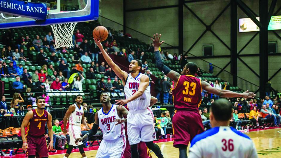 Minor League Basketball Game in Grand Rapids