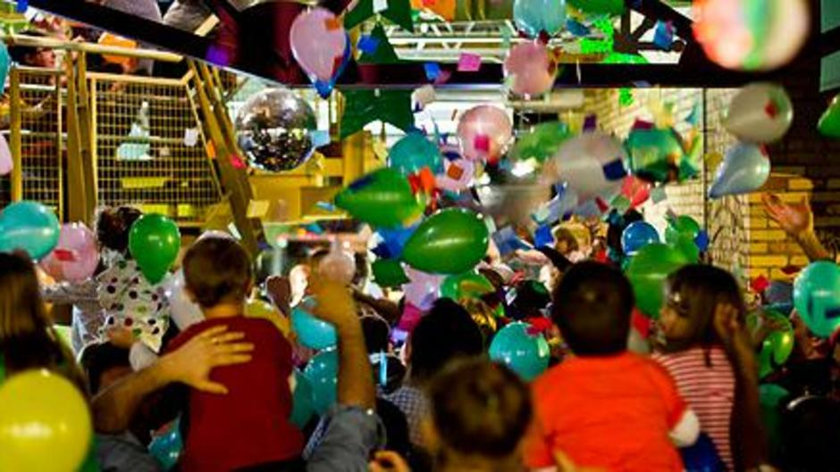 Little ones can ring in the New Year and still make their bedtime at the Grand Rapids Children's Museum's New Year's Early Eve celebration.