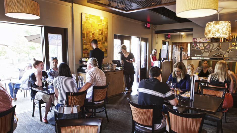 Try Grove's award-winning cuisine for Sunday brunch, lunch, or dinner.