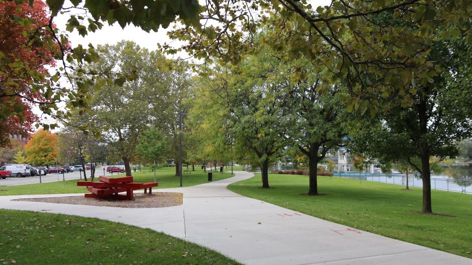 The area boasts plenty of green space and opportunity for meeting attendees to stay active, such as Sixth Street Park.